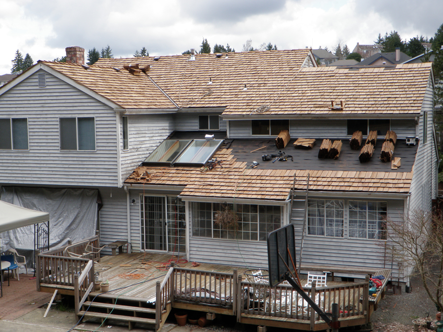Seattle Roofer - Johnson Roofing & Gutters